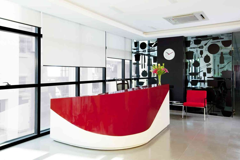 Zingyedit funky style of the reception make up for the inviting interiors of this office