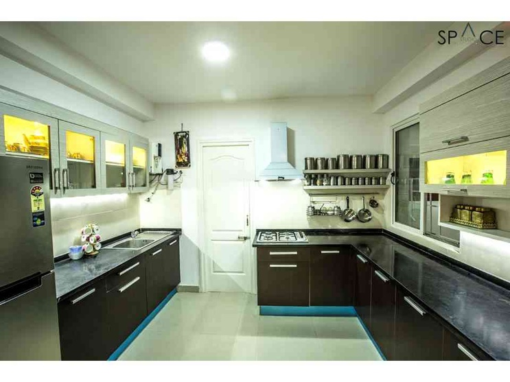 Ezhilagam - Kitchen , Designed and executed by Space Studio Chennai , professional photography by Charles Photography