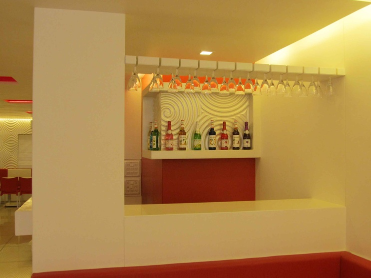 The casual bar area to serve soft drinks