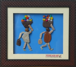 Couples Selling Fruits – Natural Pebble Stone Art