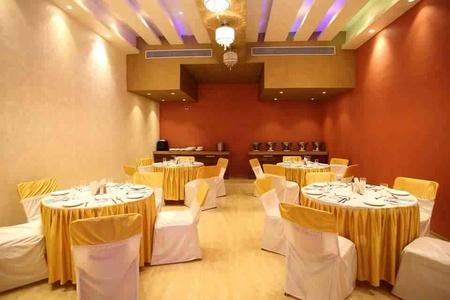 Interior designer yatin pandya architect ishita joshi