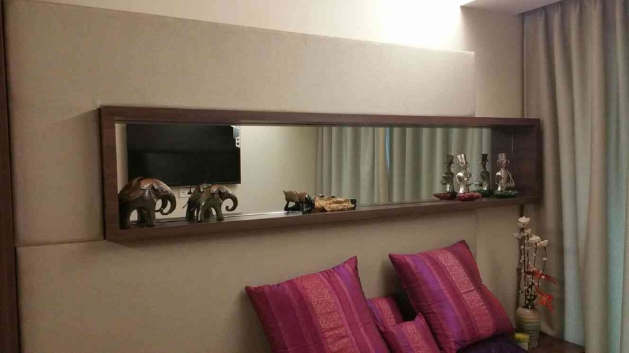 Niche on wall with mirror highlight