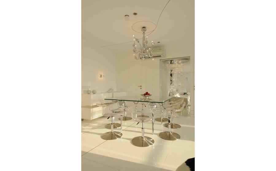 Modern Glass Dining Table Design