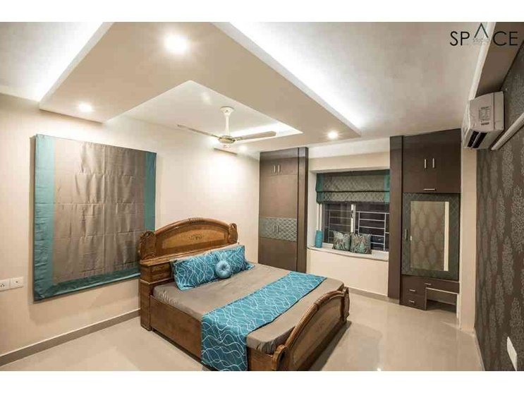 Ezhilagam - Master Bedroom Room , Designed and executed by Space Studio Chennai , professional photography by Charles Photography