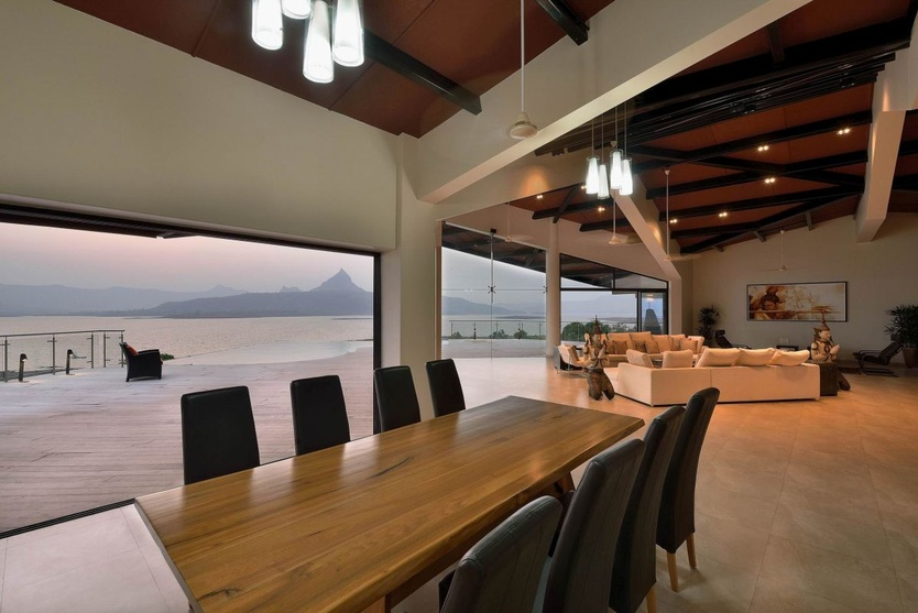 Dinning Room facing the Scenic View