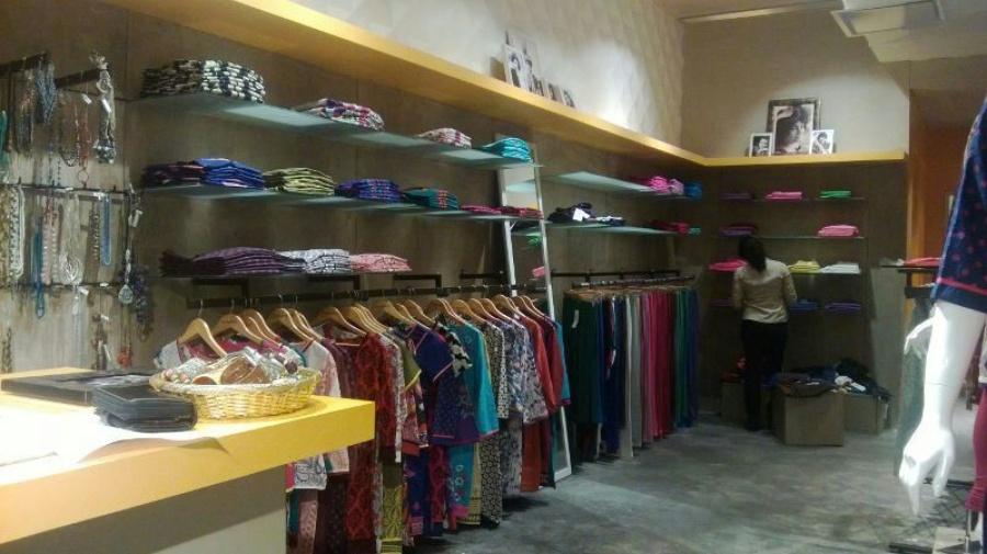 Garment Showroom In Select Citywalk Mall Saket By Pragati Mehta