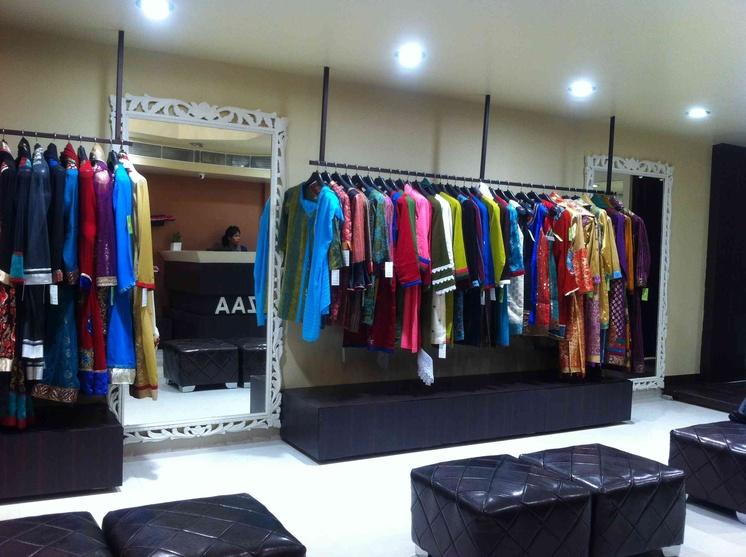 Ozzaa Garments Showroom Interiors By Anamika Tomar Interior