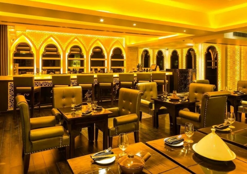 Restaurant Interior Design Ideas India Tips Inspiration Designs Images,Resume Creative Graphic Designer Cv