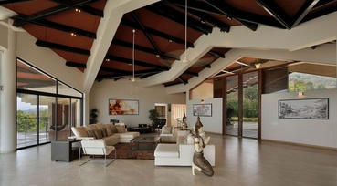 Living Room with Envious Ceiling Architecture