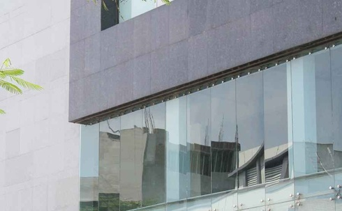 E1 B1 - Glass Window Panels