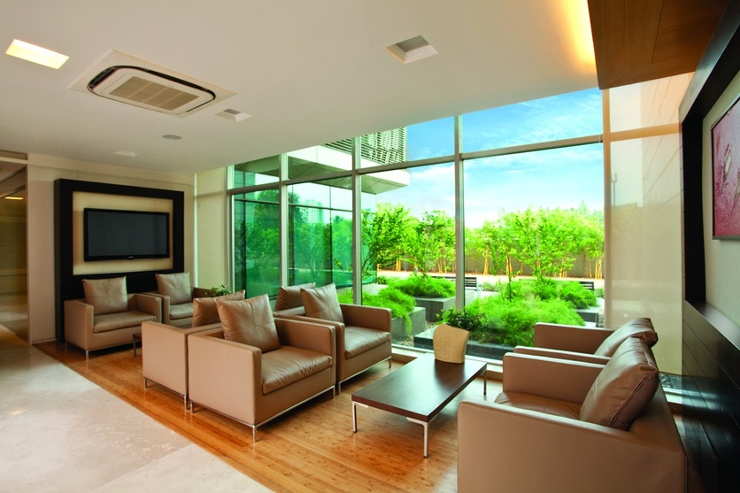 Lounge area with the view of the exterior court