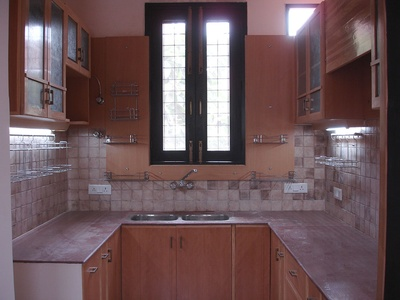 Large Kitchen. Kitchen With Window Design