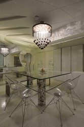 Luxury Dining Area with exquisite chandelierl