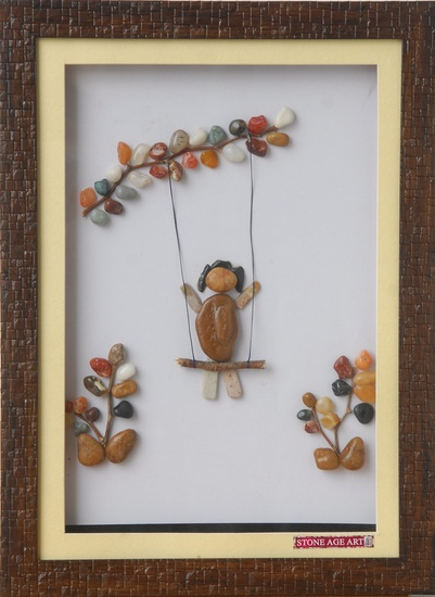 Children Swinging – Natural Pebble Stone Art