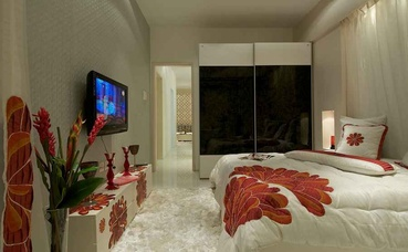 White and Red Bedroom Design