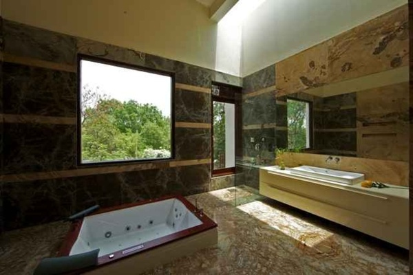 Bathroom Design Idea by: Kapil Aggarwal