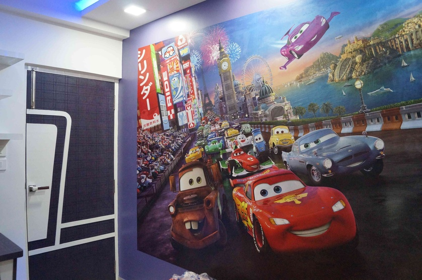 WALL PAER IN KIDS ROOM