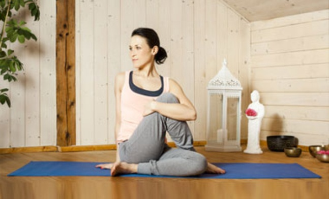yoga space in your house, Image Source: yogawiz.com