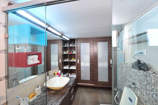 Bathroom Design Idea by Architect: Kunal Meni