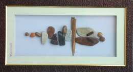 Natural Pebble Stone Art – Couple Kissing Art