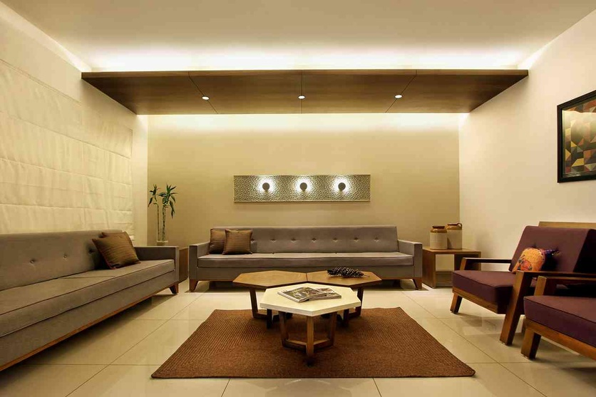 Ordinaire Consult This Interior Designer. ZingyEdit: The Living Room Is A Subtle  Composition Of Simplistic Furniture And Neutral Shades.
