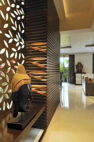 LAZER CUT JALI WITH VENEER GIVING WARMTH TO THE FOYER