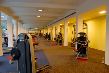 Spacious Gym Interiors