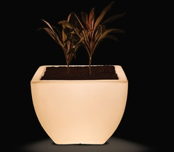 Orabella 45 Illuminated Planter
