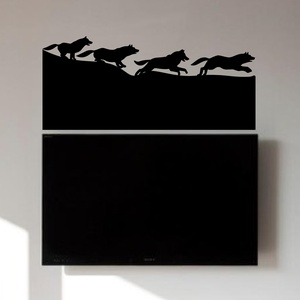 Wolves on the Run Wall Decal ( KC320 )