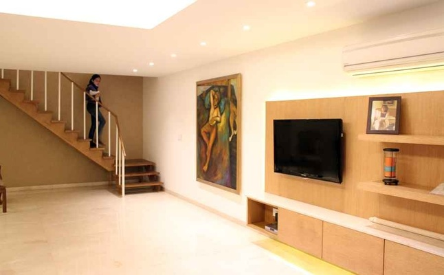 Hallway Decor Ideas, Design by: Ar. Amit Khanna