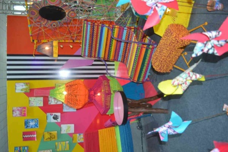 Furnitures made of colourful recycled fabric ropes