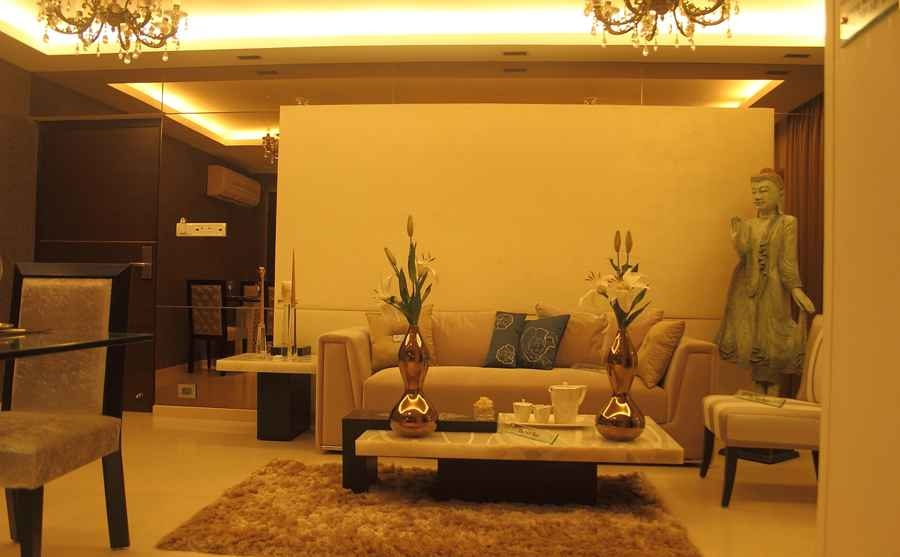 Consult This Interior Designer Small Space Living Room Decor