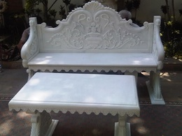 White Gielgud bench with table