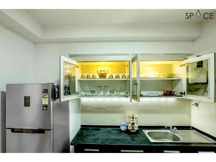 Ezhilagam -Kitchen , Designed and executed by Space Studio Chennai , professional photography by Charles Photography