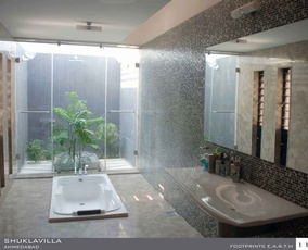 Master Bathroom Design by: Yatin Pandya