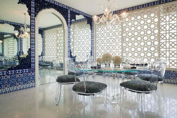Moroccan style interior design idea