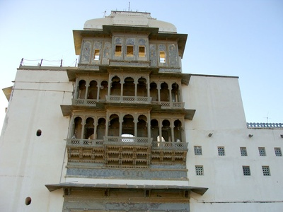 Monsoon Palace Architecture