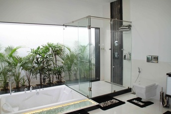 Modern Bathroom Design by Architect Solomon Canara