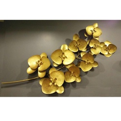 Golden Leaves Pattern Metal Wall Decor
