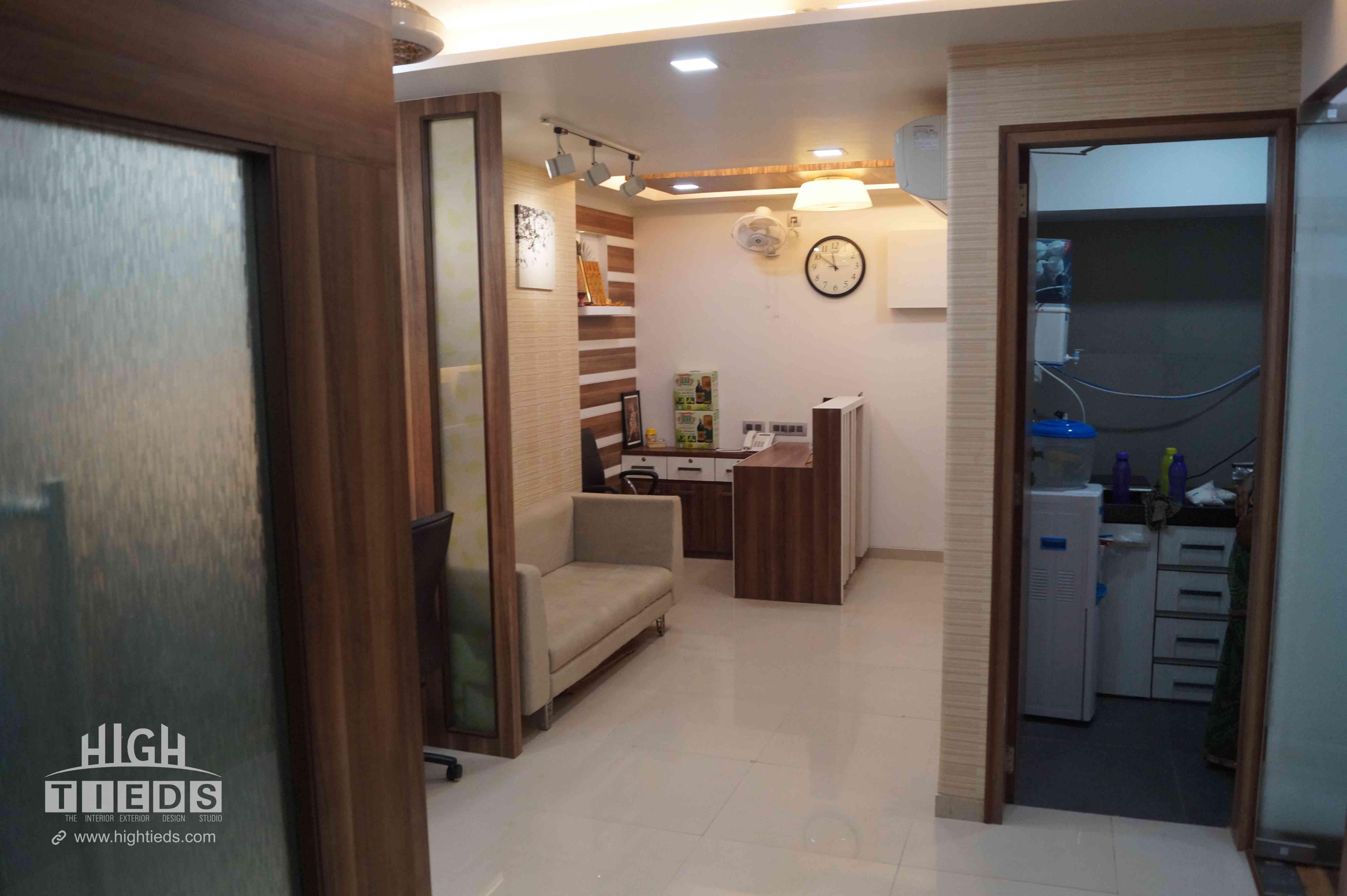 1100 square feet corporate office interior design project at venus amadeus satellite ahmedabad 11 photos