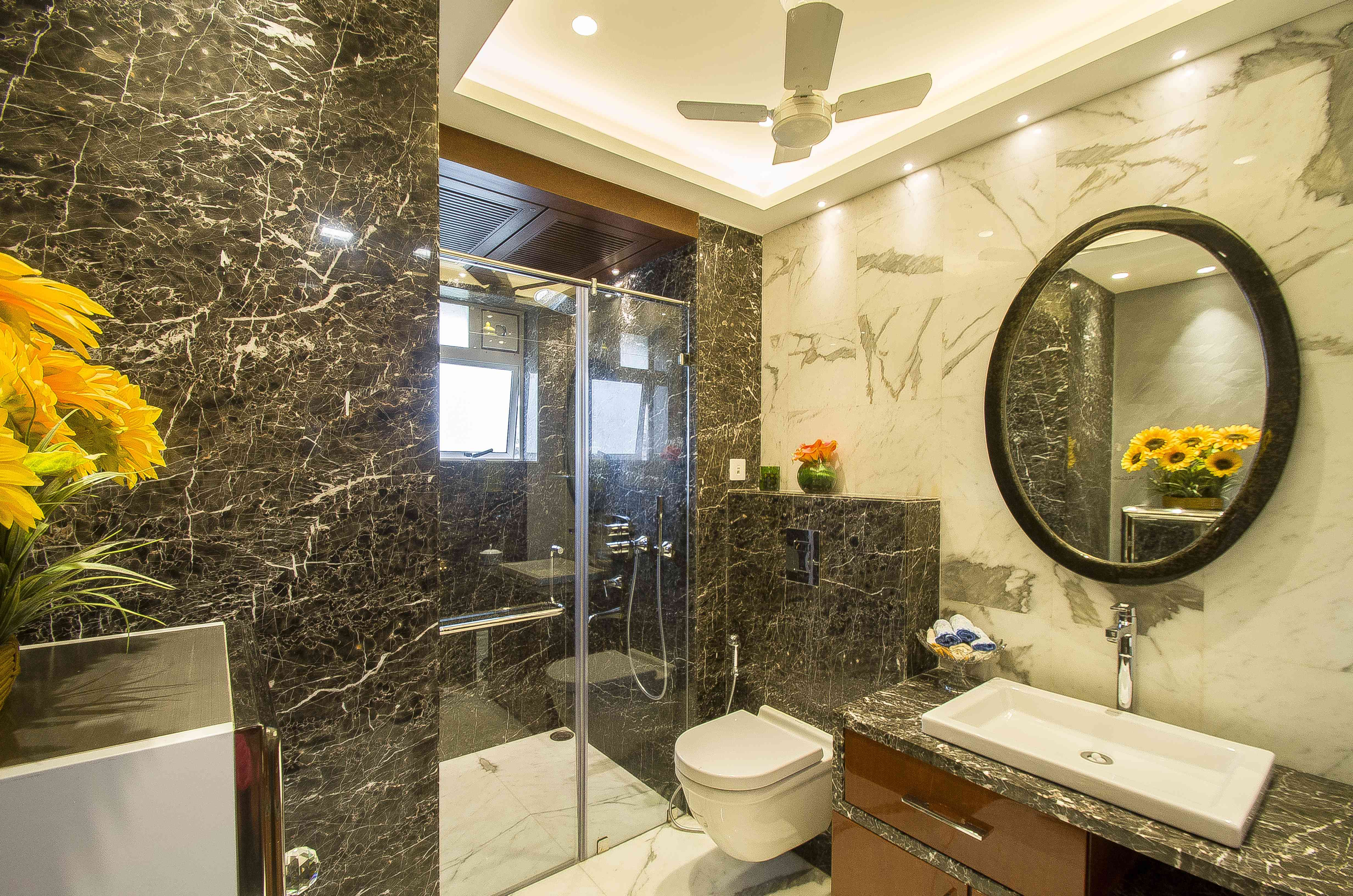 Bathroom Glass Doors Interior Design Inspiration
