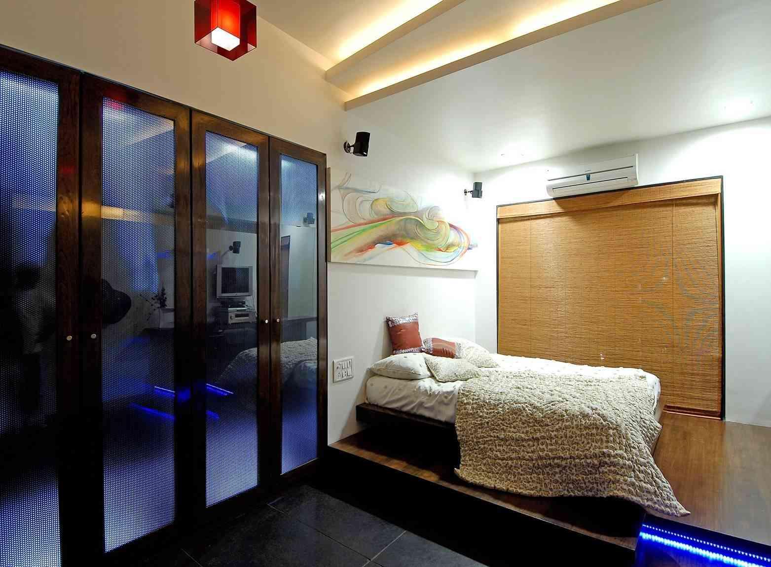 Door Designs For Bedrooms
